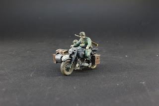 Galerie de la German Motorcycle et sidecar de Tamiya au 1/48.