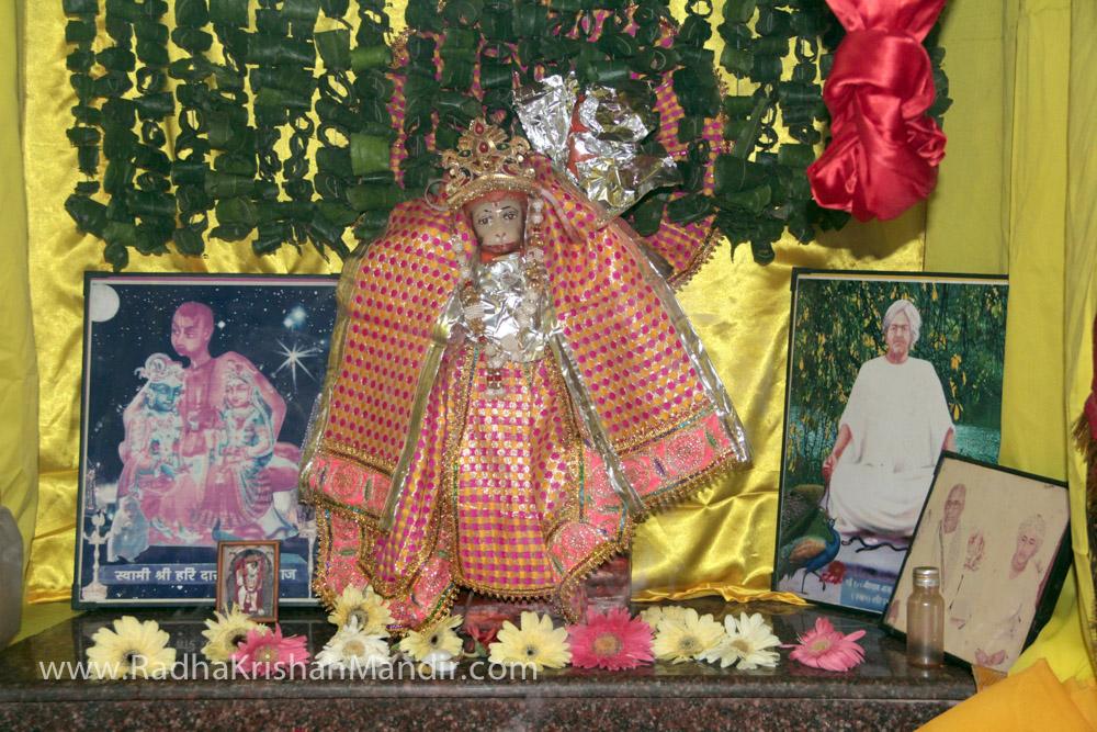 lord krishna and radha temple