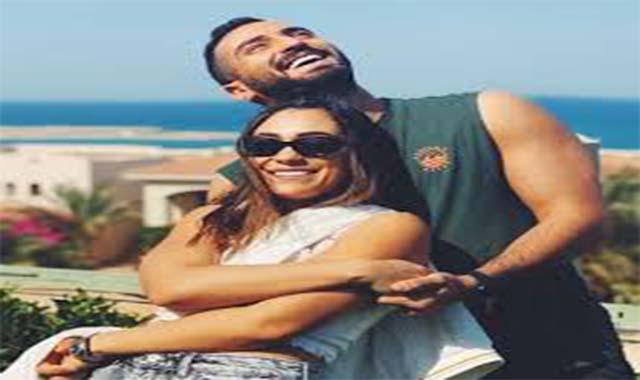 الفنان محمد الشرنوبي يخرج عن صمته بعد حبس المنتجة سارة الطباخ
