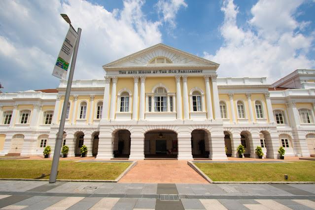 City hall (Parlamento)-Padang (quartiere coloniale)-Singapore