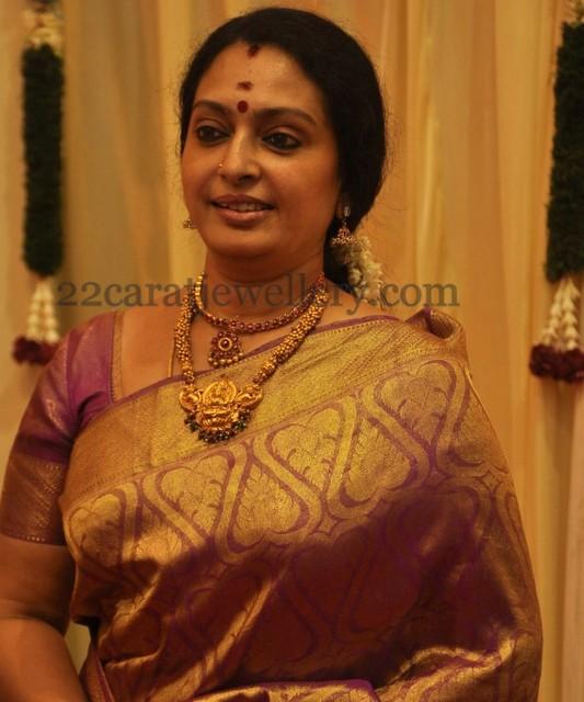 Actress Seeta S Temple Jewellery Jewellery Designs