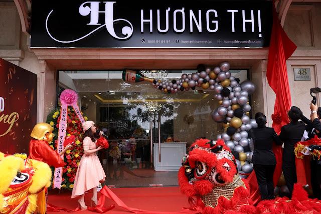 Nghệ sĩ Việt Hương tưng bừng khai trương cơ sở mỹ phẩm Hương Thị - Ảnh 5