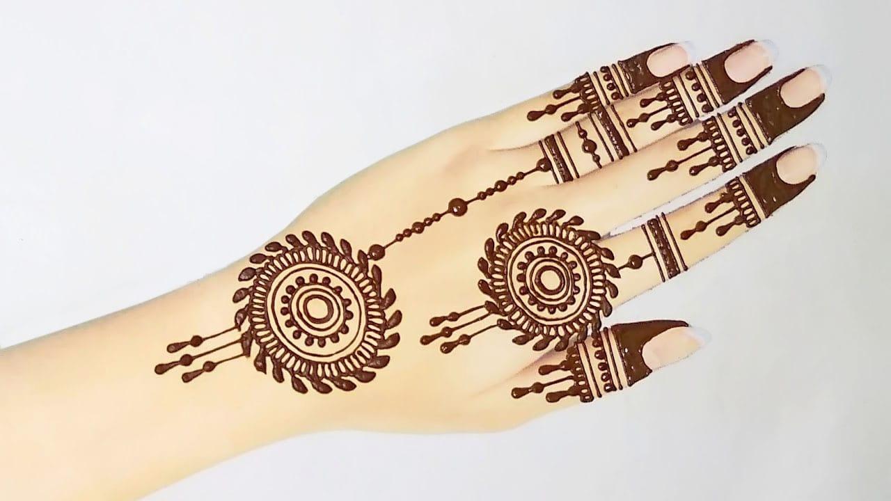 Stylish Simple Rakhi Mehndi Design