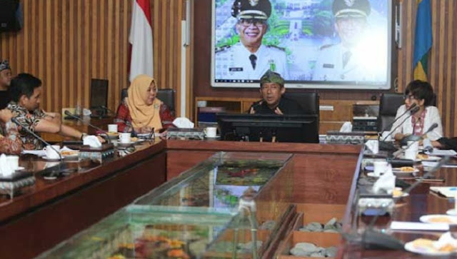 Yana Asks for Immediate Realization of Halal Tourism in Bandung