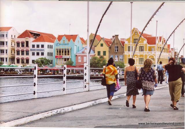 swinging Queen Emma pontoon bridge in to Willemstad, Curacao