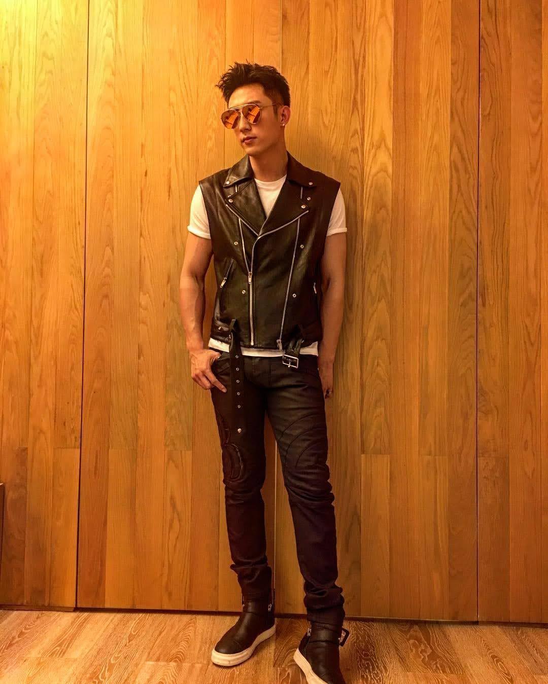 Johnny Huang 9