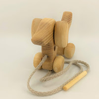 Threading Dog, TT52