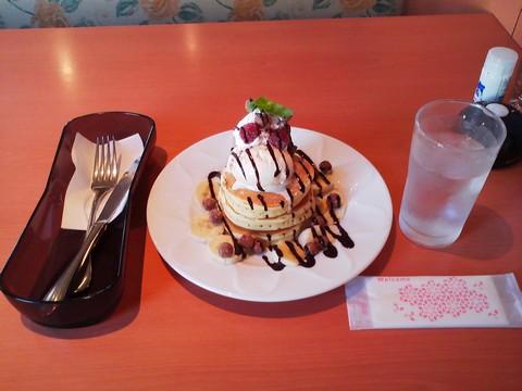 バースデーパンケーキ¥0-1 デニーズ大垣店