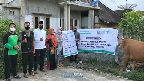 DDS Salurkan Hewan Kurban untuk Mushalla Nurul Fallah Balai-balai