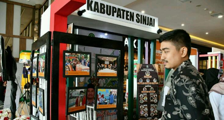 Humas Sinjai Perkenalkan Sejumlah Ivonasi Daerah Melalui Humas Expo