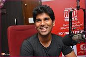 Allu Sirish at Red FM-thumbnail-2