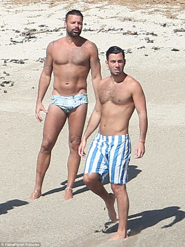 ricky martin nude beach photo