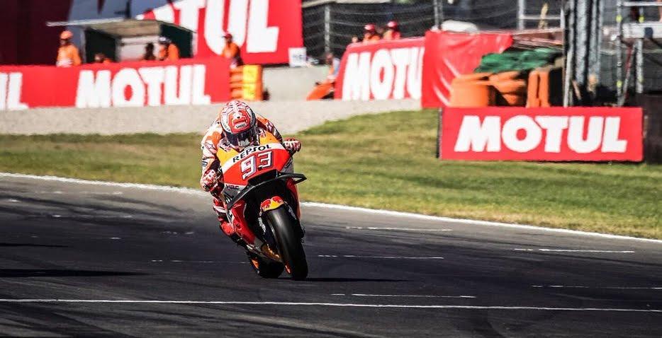 MotoGP Assen: tripletta spagnola in Olanda con Marquez Rins e Vinales, Dovi davanti a Valentino