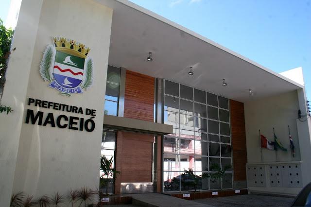 Prefeitura de Maceió inscreve para 504 vagas em concurso