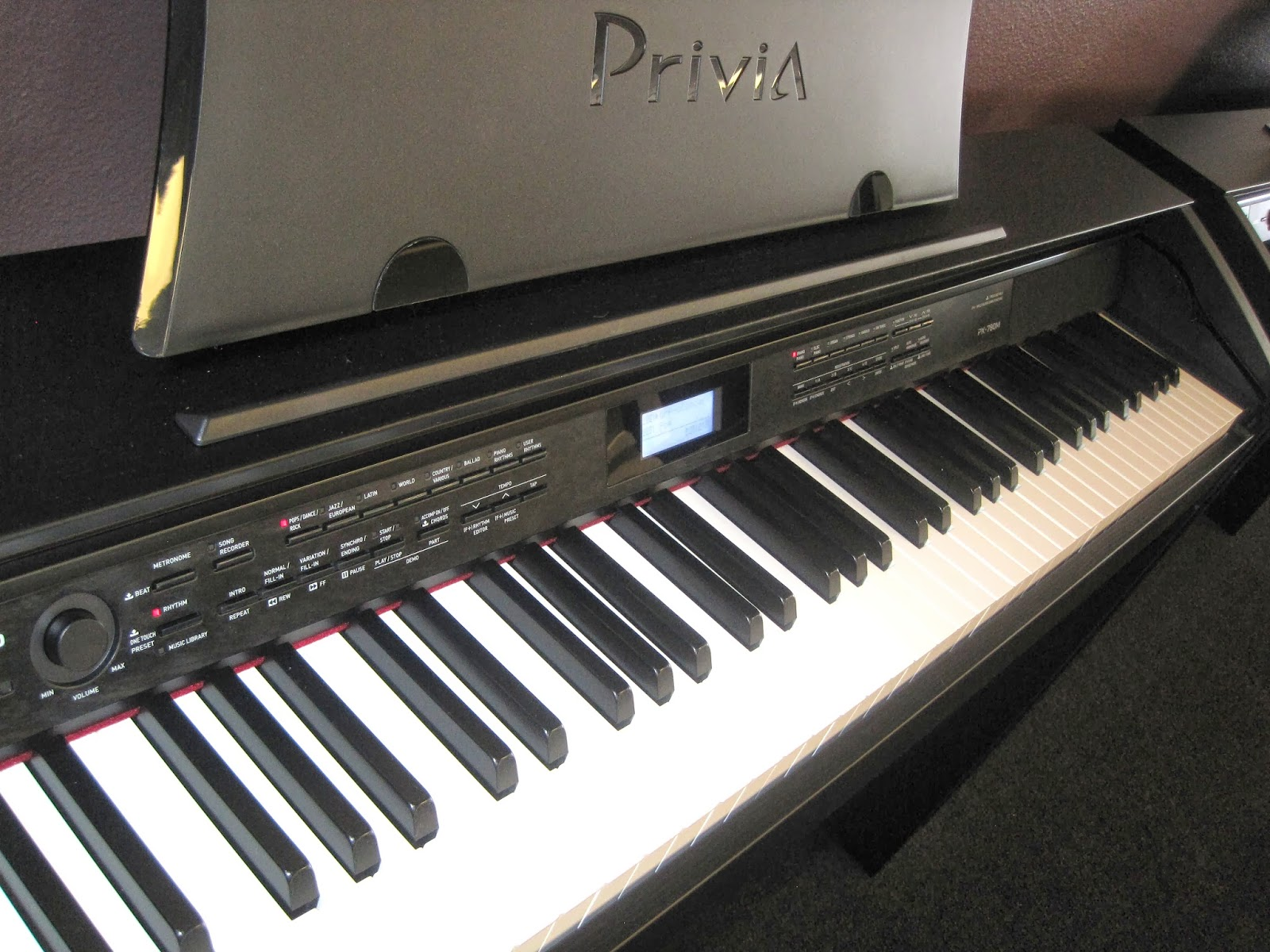 az piano reviews review casio px780 digital piano a best buy. Black Bedroom Furniture Sets. Home Design Ideas