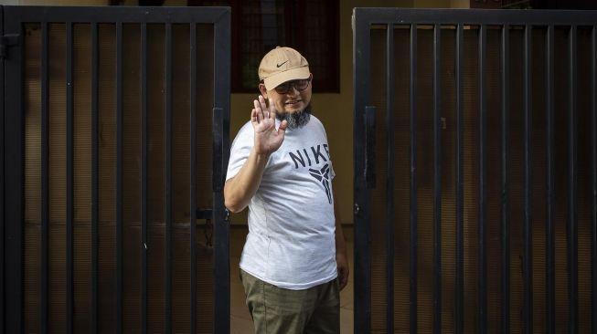 Setelah Empat Anaknya, Istri Pak Novel Juga Dikonfirmasi Positif Corona