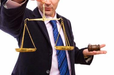 محامي عاطل عن العمل