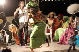 Danse, culture, événement, musique, populaire, Mbalax, sabar, artiste, spectacle, chants, rythme, griot, ethnies, Wolof, LEUKSENEGAL, Dakar, Sénégal, Afrique
