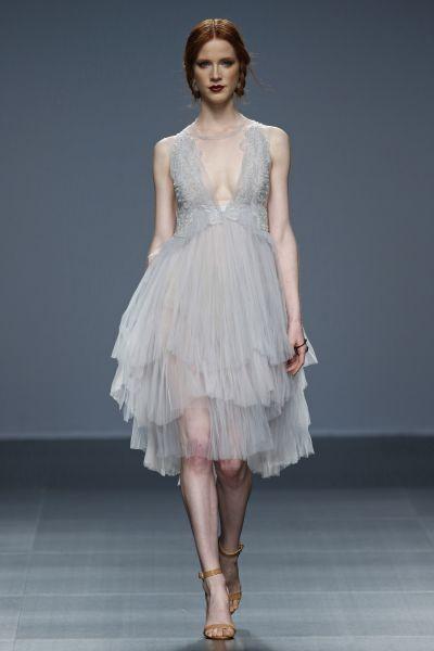 vestidos de novia cortos y rectos