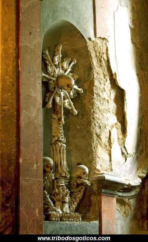 arte,goticos,caveira,ossário