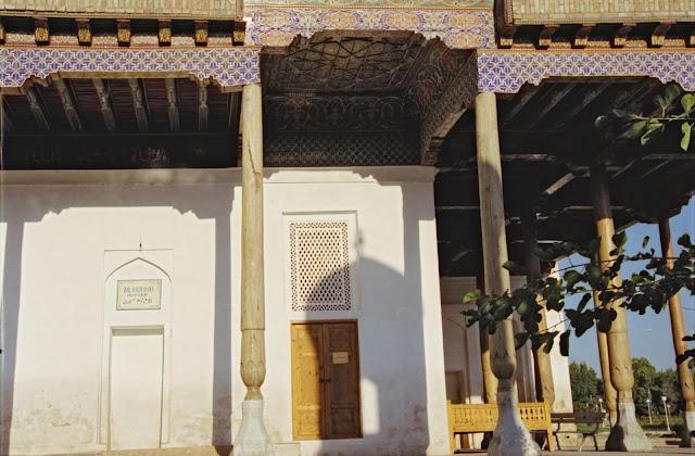 Ouzbékistan, Samarcande, Mosquée Rukhabad, © Louis Gigout, 1999