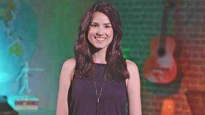 A apresentadora Bia Bauer - Divulgação/Band