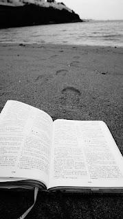 Confía hijo; tus pecados te son perdonados Mateo. 9:2)