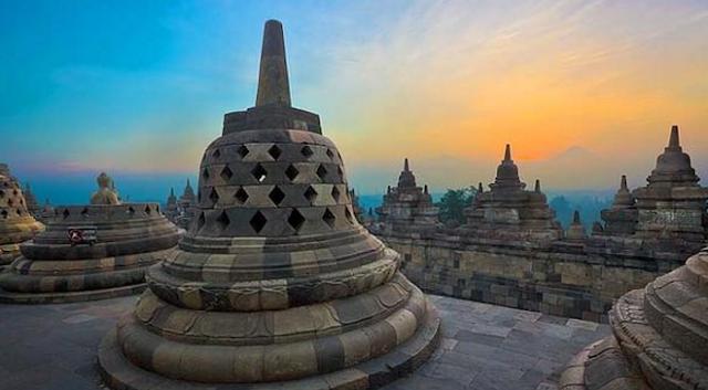 Sejarah Indonesia Pada Masa Hindu-Budha