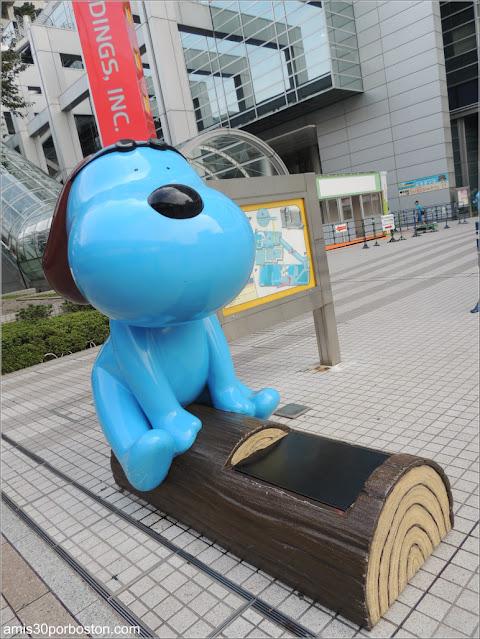 Mascota de Fuji TV Laugh-kun o Rafu-kun en Odaiba, Tokio
