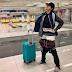 Mulher evita multa por excesso de bagagem ao vestir 2,5 quilos de roupa