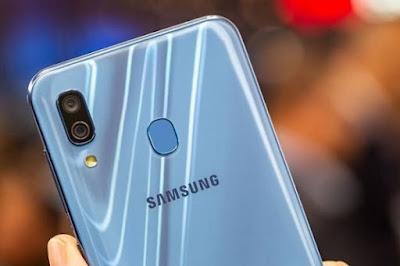 Samsung A30 dan Samsung A30s