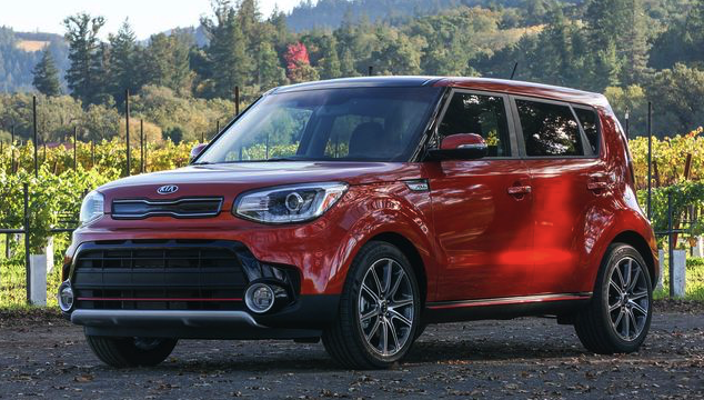 2017 kia soul turbo review car and driver review. Black Bedroom Furniture Sets. Home Design Ideas