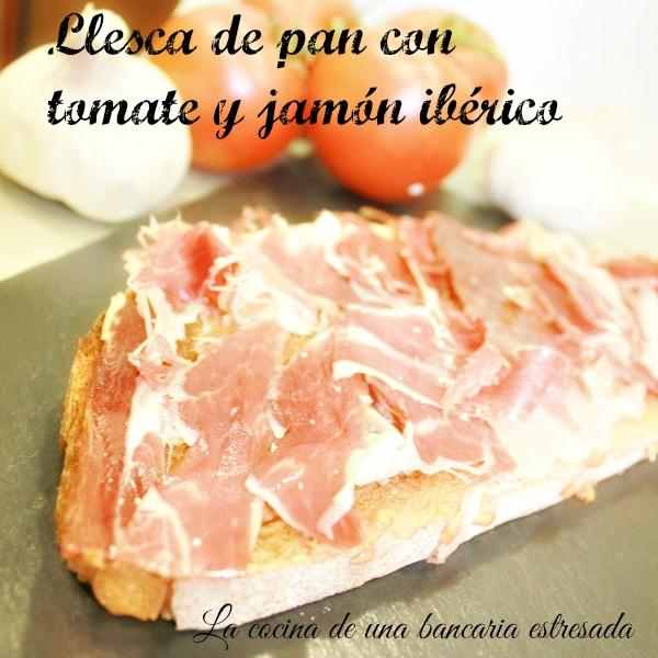Receta de pan con tomate y jamón serrano paso a paso y con fotografías