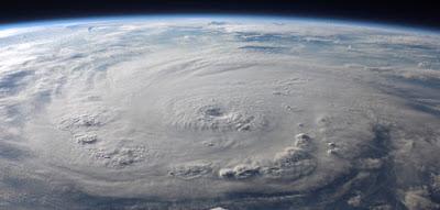 Perbedaan Angin Siklon dan Puting Beliung