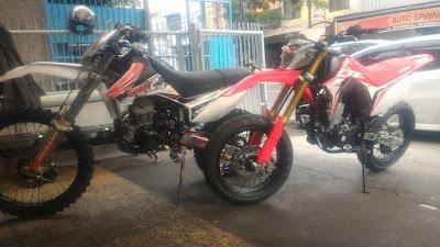 CRF150L milik Iman Travic yang dimodif Supermoto