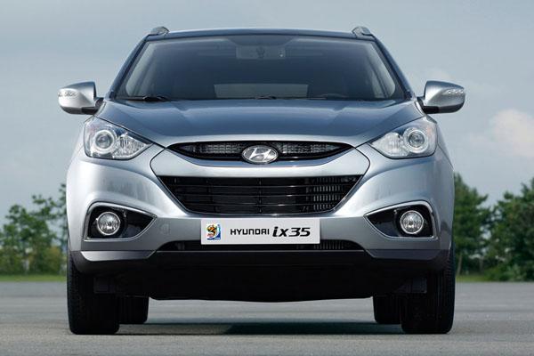 Hyundai Ix35 Dimensions : hyundai new tucson ix35 specs photos ~ Maxctalentgroup.com Avis de Voitures