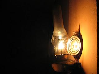Aktifitas menyenangkan ketika Kejutan mati lampu atau pemadaman Listrik