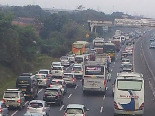One way tol Jakarta Cikampek 2019
