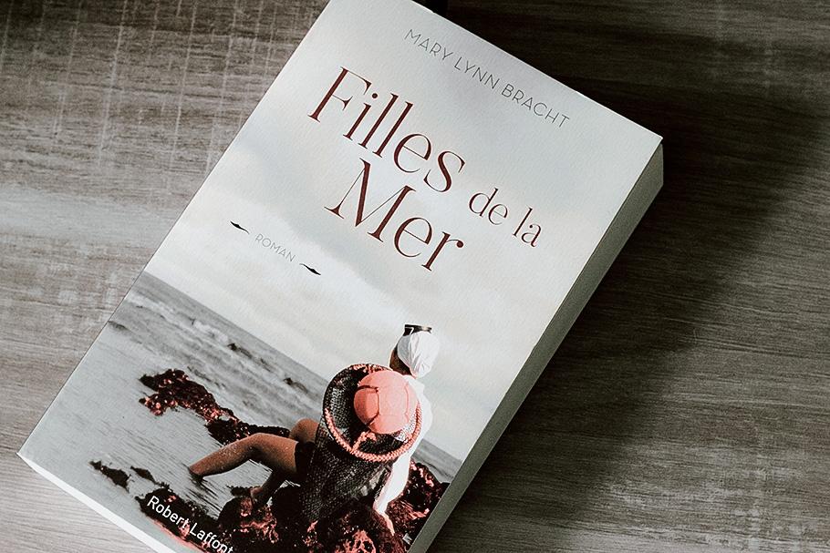 livre lecture filles de la mer mary lynn bracht éditions robert laffont