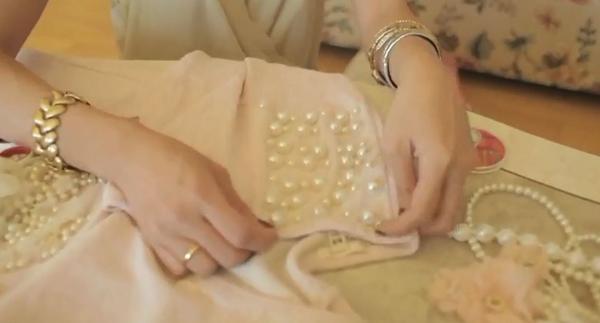 DIY - customizar blusa com pérolas  - Faça você mesmo - how to do