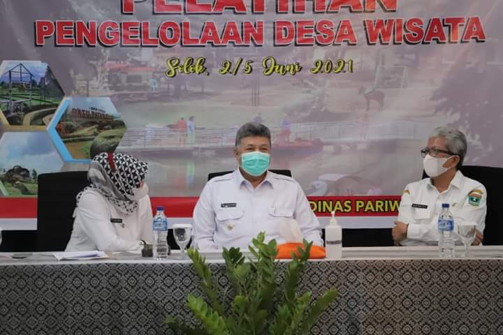 Walikota Zul Elfian Prestasi Kawasan Desa Wisata Payo Sebagai Desa Wisata Terbaik Di Indonesia Buah Keseriusan Dan Tanggungjawab