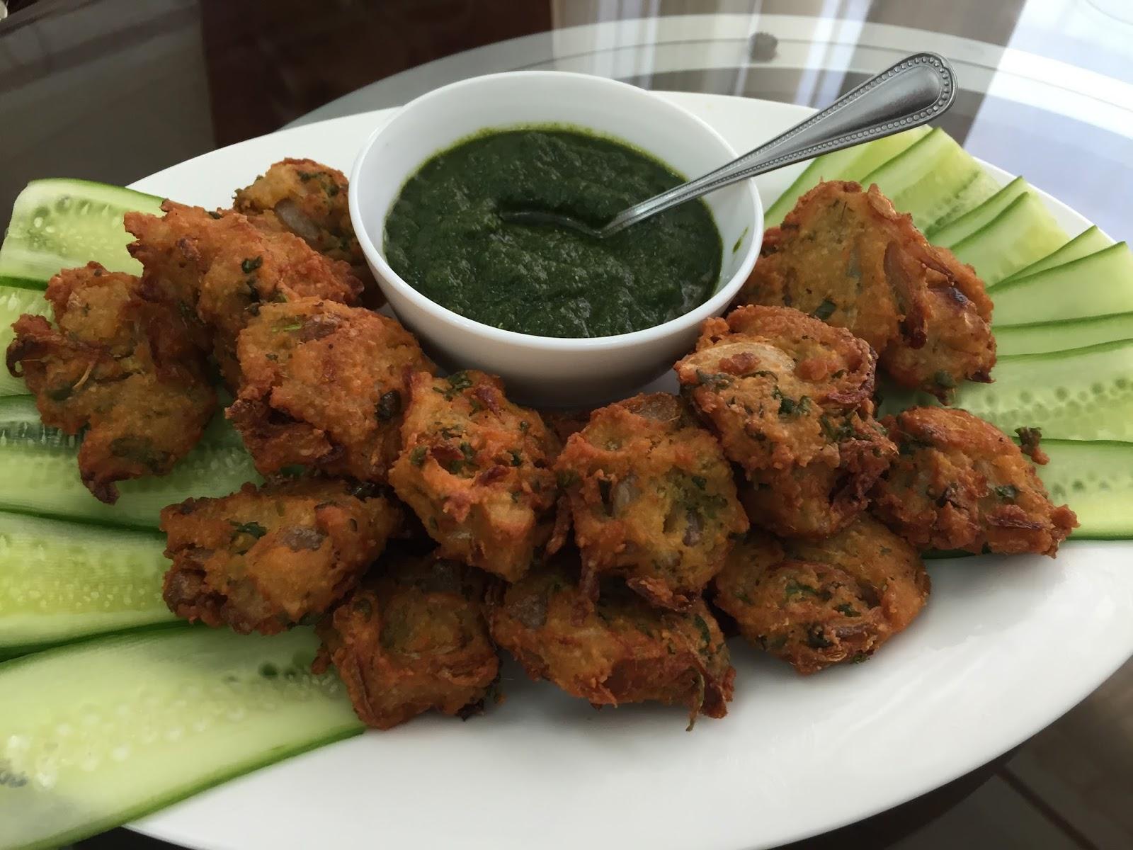 Piyush & Kirti's Kitchen: Masoor Dal Pakode