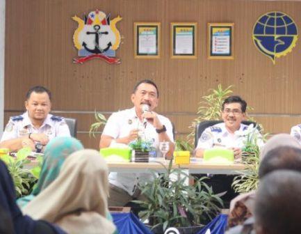 Polyteknik Pelayaran Padang Sumatera Barat Sampaikan Sosialisasi Kepada Orang Tua Catar