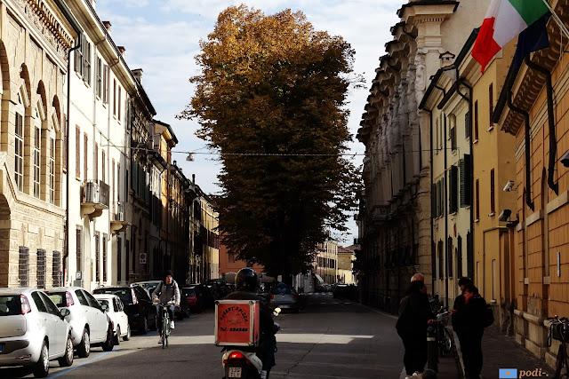 Mantova. Via Carlo Poma