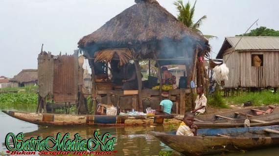 Dapur Desa Diatas Air