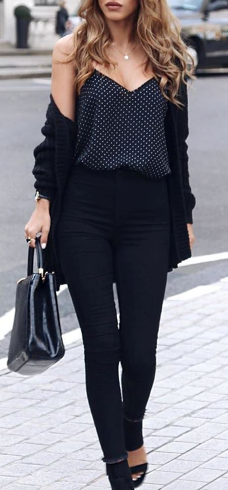 black on black: top + skinny pants + bag + heels