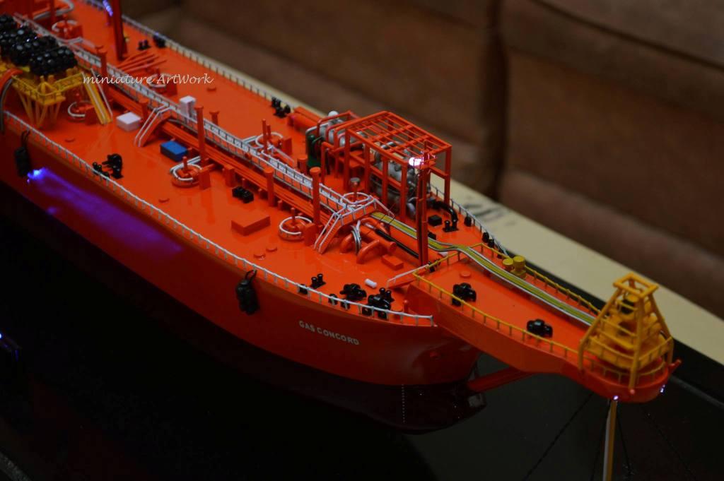 pembuat pengrajin miniatur kapal gas concord lpg vessel tanker offshore ship pt pertamina planet kapal rumpun artwork terpercaya