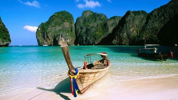 Biển Thien mang vẻ đẹp hoang sơ, trong lành