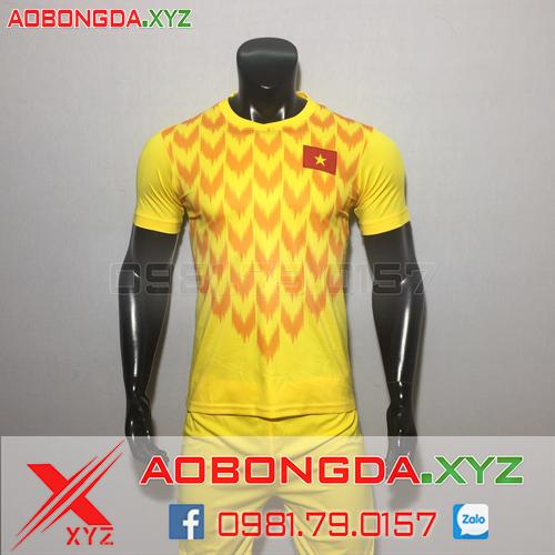 Áo Đội Tuyển Việt Nam 2020 Thủ Môn Màu Vàng