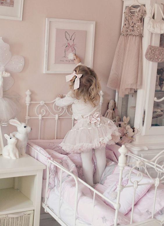 Habitaciíon infantil estilo Romántico